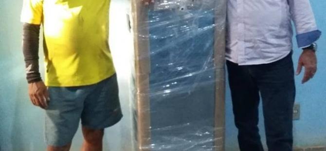 Prefeitura de Pureza  faz entrega de bebedouros e ventiladores em Escolas.
