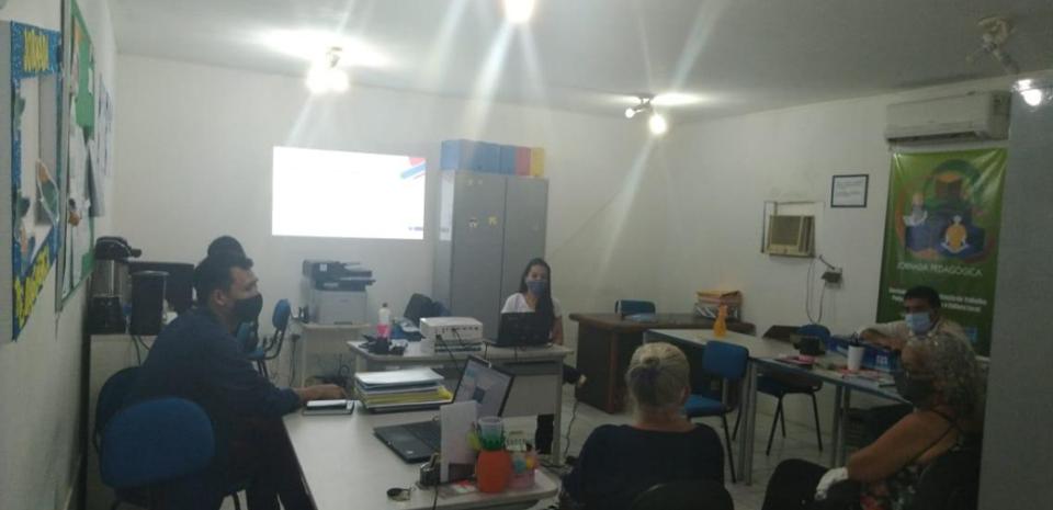Secretaria de Educação através da Subsecretaria de Cultura, realizou reunião  para a criação do Comitê de Cultura do município.
